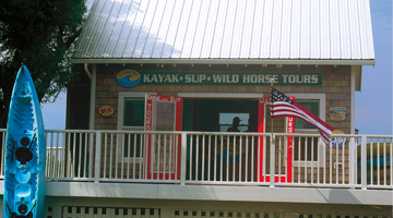 outer banks kayak tour - Duck waterfront shops